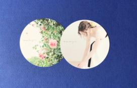 デザインと写真スタジオのアトリエ osaji 様 型抜きカード
